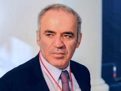 Гарри Каспаров на Втором Форуме свободной России  Фото: Каспаров.Ru